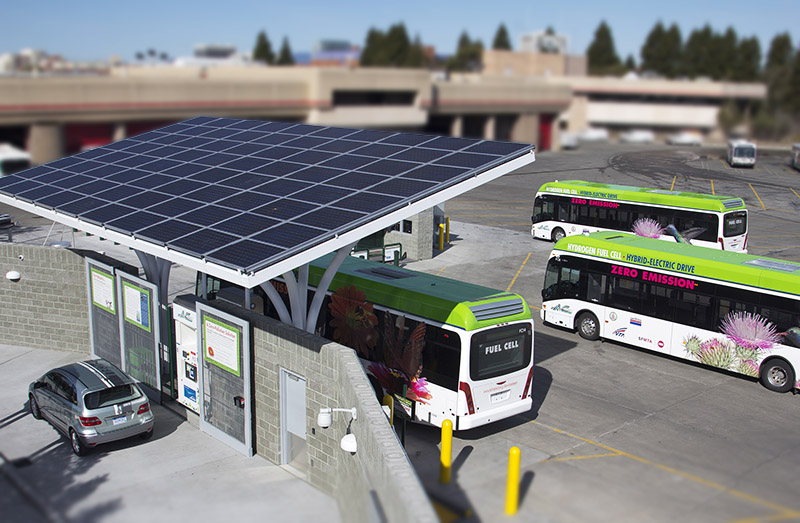Emeryville, California hydrogen station - AC Transit fuel cell electric buses